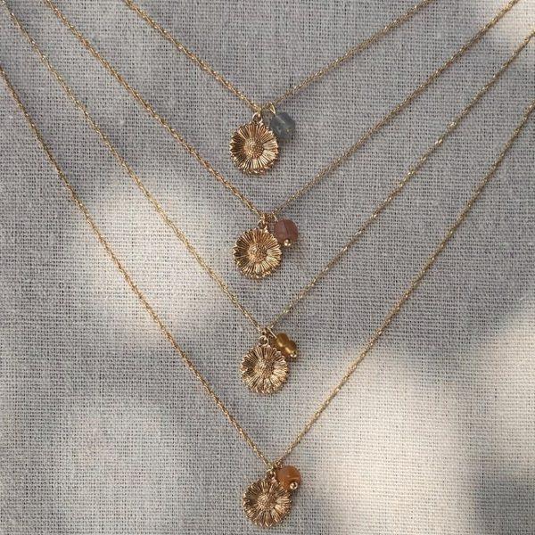 lilbobs.nl-ketting-goud-daisy-mauve-kettingen-gouden