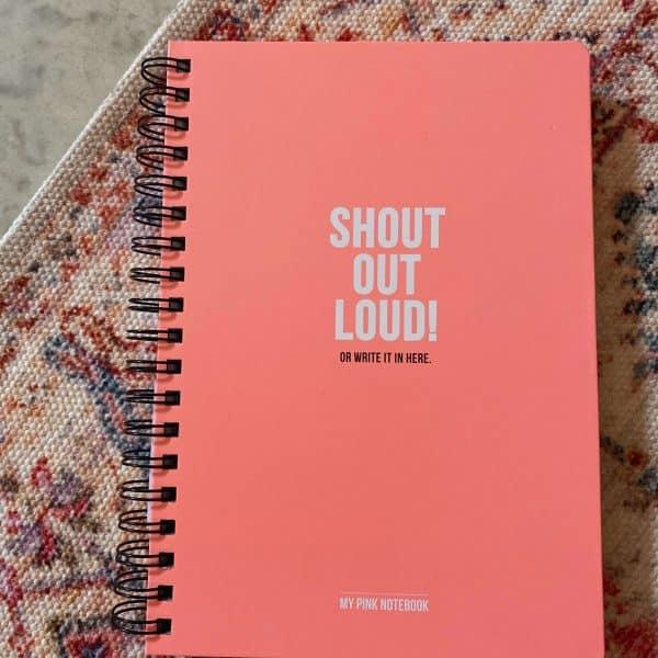 lilbobs.nl-mrsbobs-stationary-pink-notebook