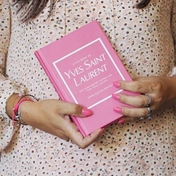 lilbobs-mrsbobs-coffeetablebook-pink-roze